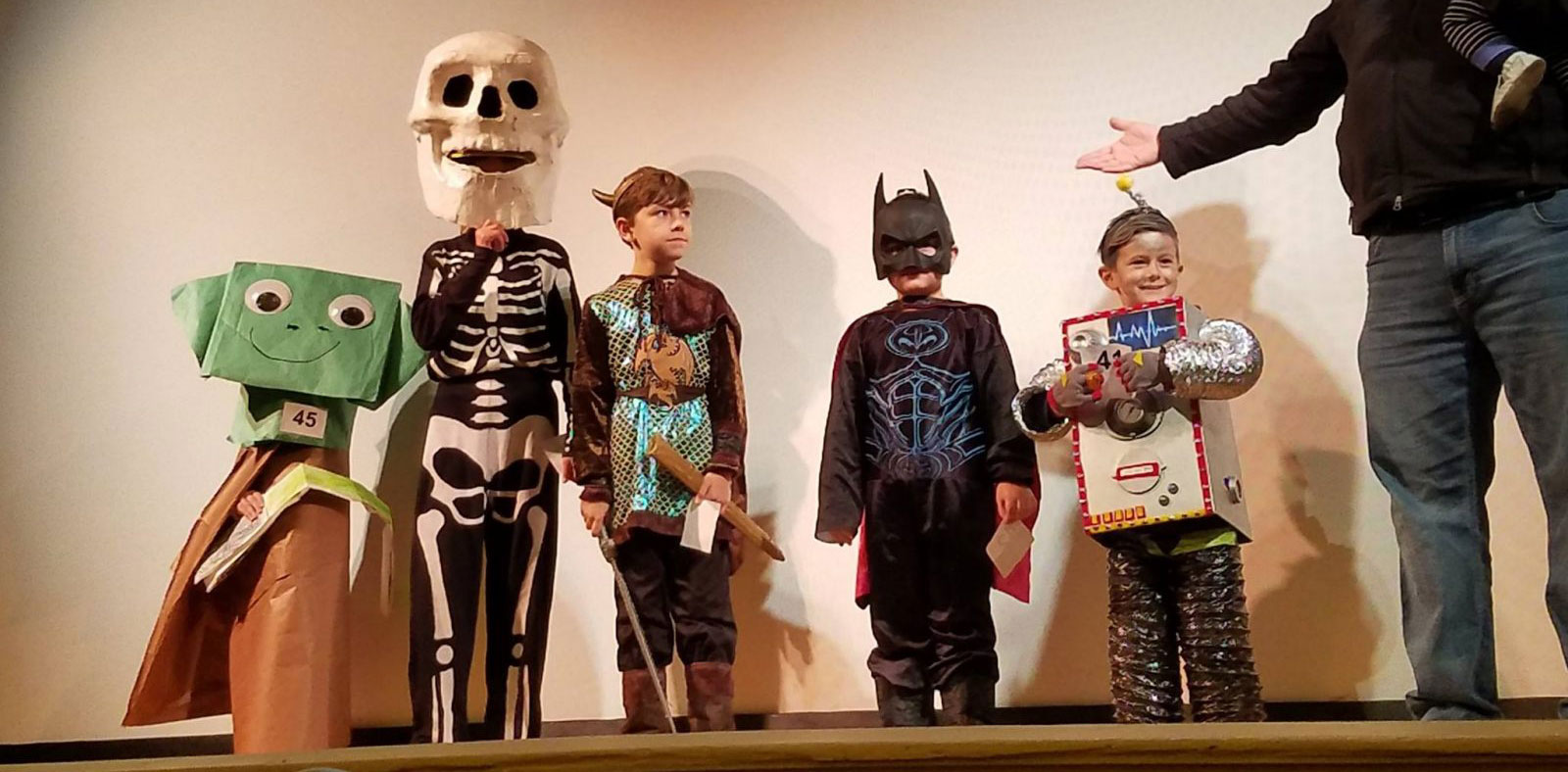 Halloween Movie and Costume Contest for Kids